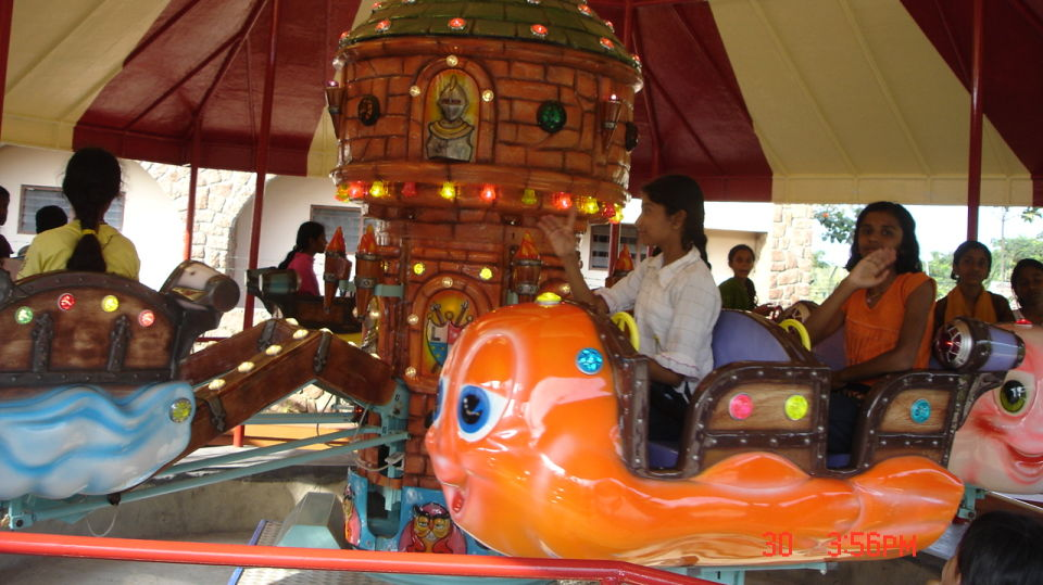 Kids Rides - Merry Ghosts at  Wonderla Amusement Park Bangalore