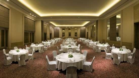 Round TAble Set Up Park Plaza, Bengaluru - A Carlson Brand Managed by Sarovar Hotels