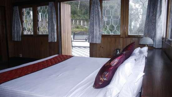 Club Rooms at Central Gleneagles Heritage Resort Darjeeling