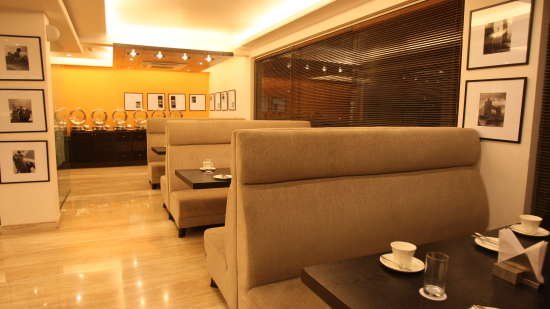 Emblem Hotel, New Friends Colony, New Delhi Delhi Restaurant Emblem Hotel New Friends Colony New Delhi
