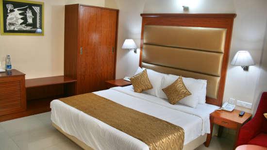 Raj Park Hotel - Tirupati Tirupati Family Room Raj Park Hotel Tirupati 4