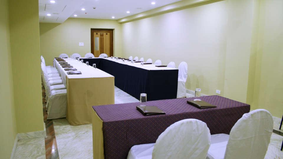 Raj Park Hotel - Tirupati Tirupati Banquet Hall Raj Park Hotel Tirupati 5