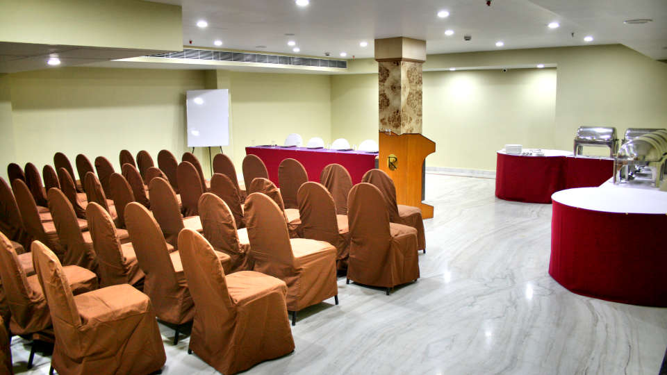 Raj Park Hotel - Tirupati Tirupati Banquet Hall Raj Park Hotel Tirupati 6
