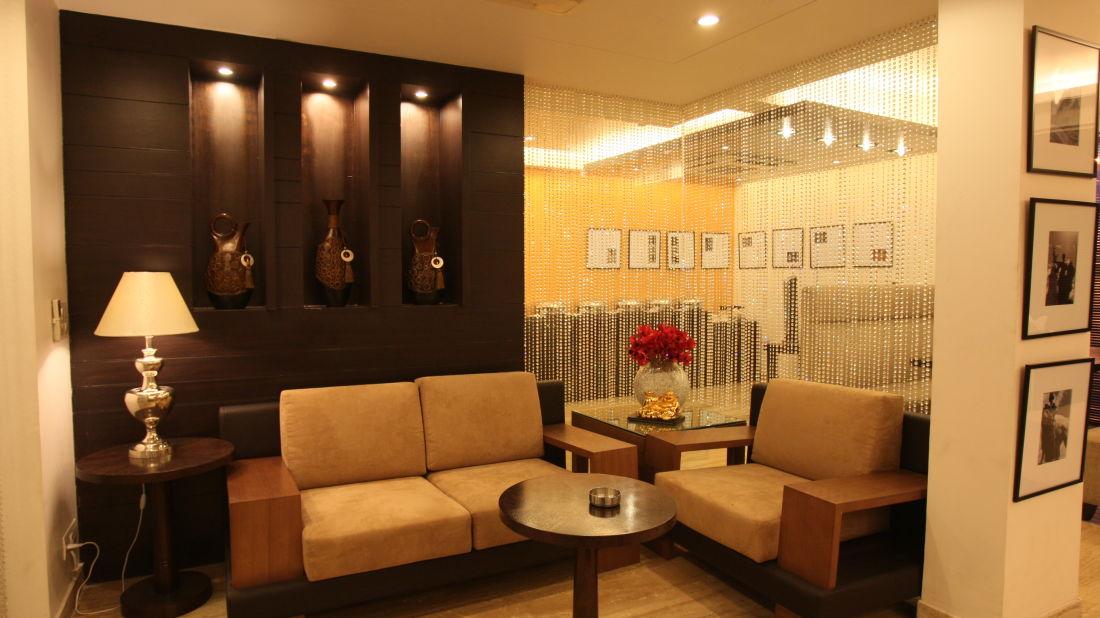 Emblem Hotel, New Friends Colony, New Delhi Delhi Seating 2 Emblem Hotel New Friends Colony New Delhi