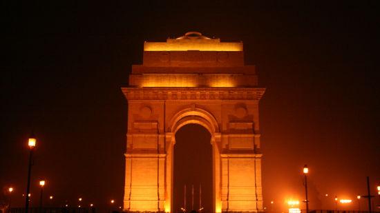 India Gate Delhi near Le ROI Delhi Hotel Paharganj