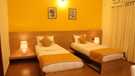 Hotel Arama Suites Bangalore twin beds aura suite 2 hotel arama suites bangalore