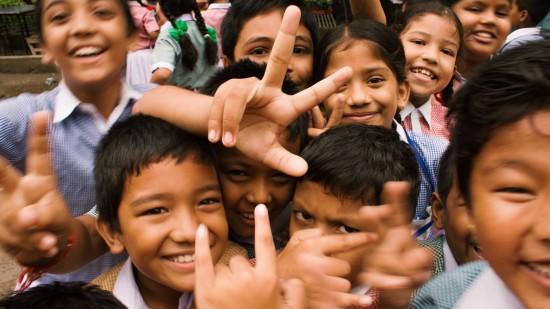 children-close-up-crowd-764681 hqaiuf
