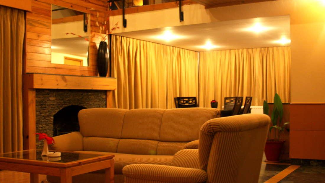 Quality Inn & Suites River Country Resort  Manali 2 Bed Room Cottage Quality Inn Suites River Country Resort Manali 4
