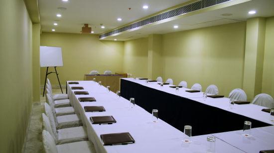 Raj Park Hotel - Tirupati Tirupati Banquet Hall Raj Park Hotel Tirupati 4
