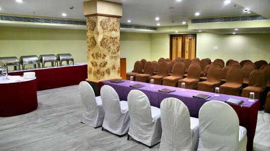 Raj Park Hotel - Tirupati Tirupati Banquet Hall Raj Park Hotel Tirupati 7
