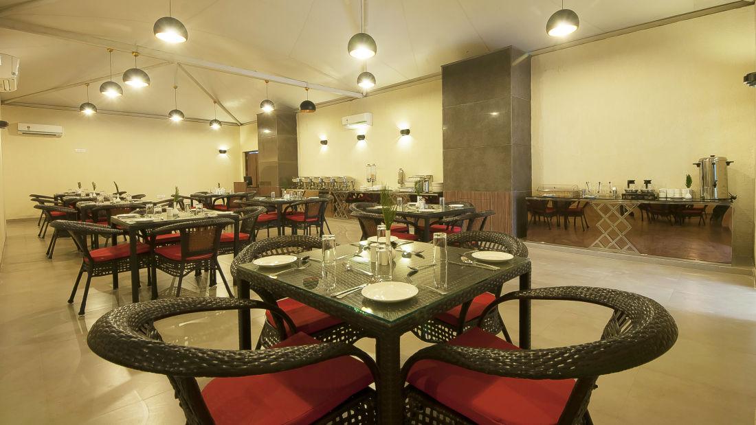 Le ROI Haridwar Hotel Haridwar Restaurant Le Roi Haridwar Hotel 2