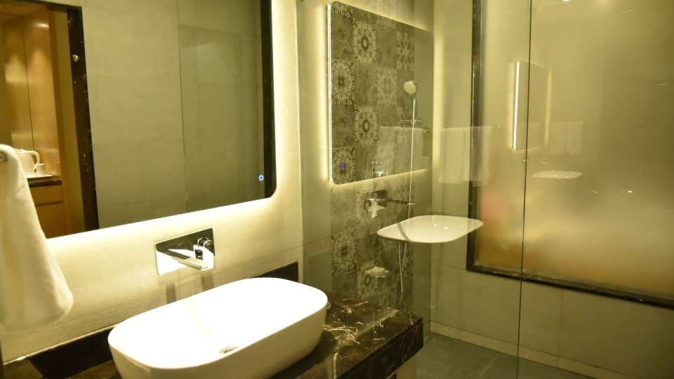 Washroom Resort De Coracao Goa 3