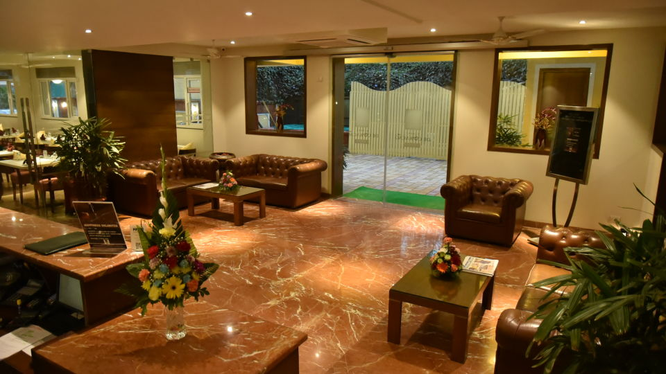 Lobby Resort De Coracao Goa 1