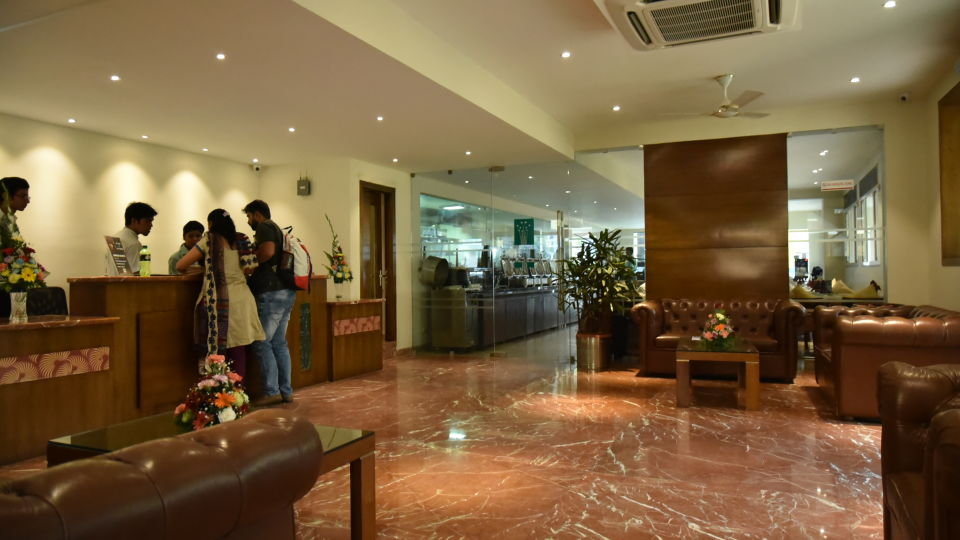 Lobby Resort De Coracao Goa 2