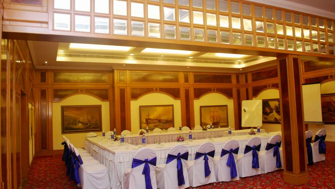 State Room at Floatel Kolkata, Banquets in Kolkata, Conferences in Kolkata 1