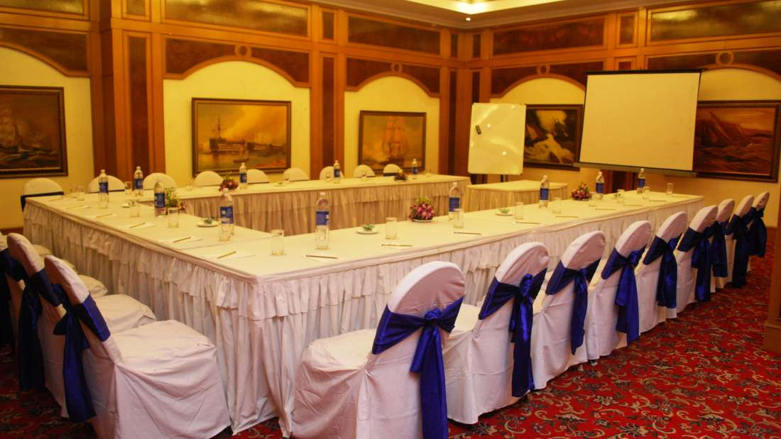 State Room at Floatel Kolkata, Banquets in Kolkata, Conferences in Kolkata 3