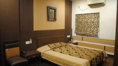 Hotel Swagath, Hazra Road, Kolkata Kolkata Deluxe Room Hotel Swagath Kolkata 12