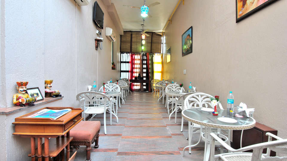 Cosy Grand Hotel, RK Puram New Delhi Dining Cosy grand Rk Puram