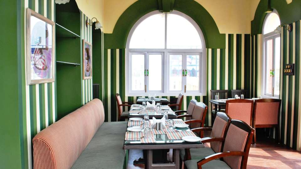 Baron Bar in Pune, Best Bars in Pune, Mahodadhi Palace, Pune