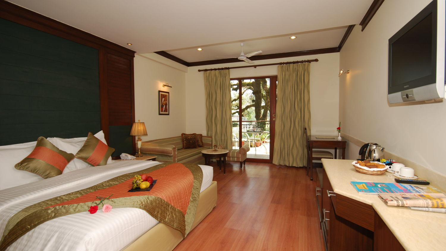 Spacious rooms in Mussoorie, Hotel rooms in Mussoorie, Hotel Madhuban Sarovar Portico, Mussoorie