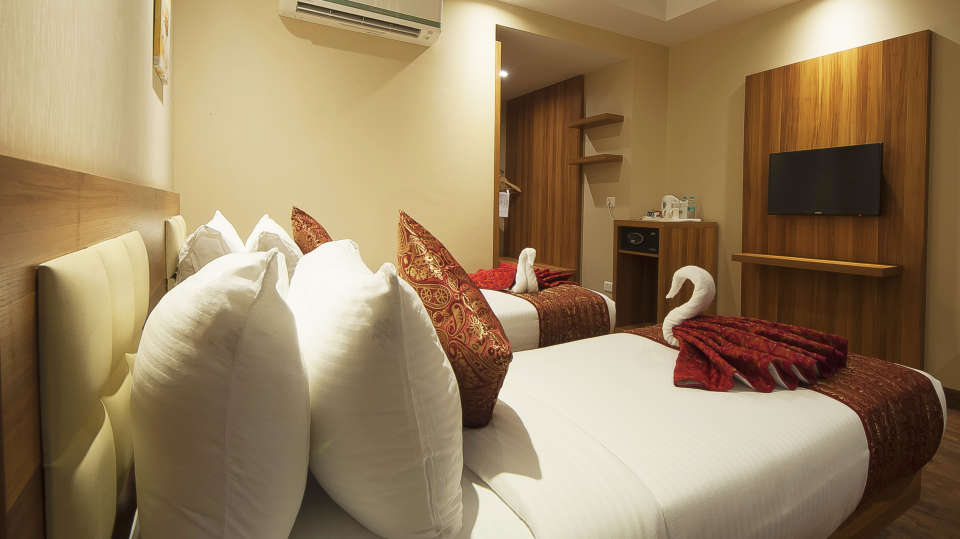 Le ROI Haridwar Hotel Haridwar Deluxe Room Le Roi Haridwar Hotel 6