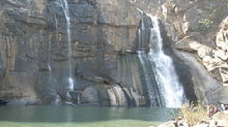 Hundru Falls