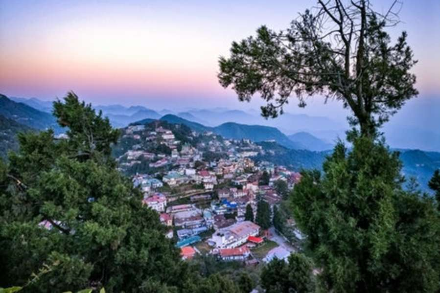 alt-text best hotels in Mussoorie on Mall road 61