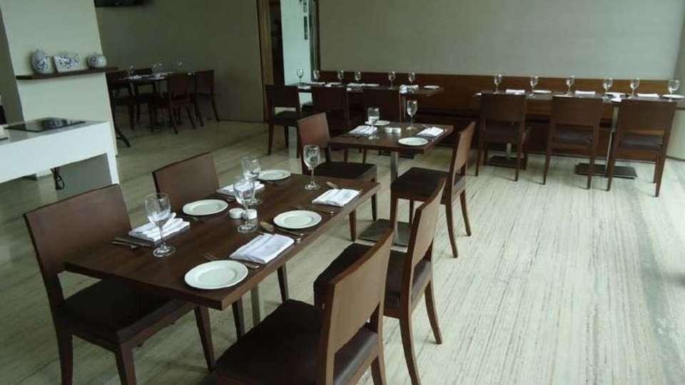 Restaurant Sarovar Portico Rajkot 1