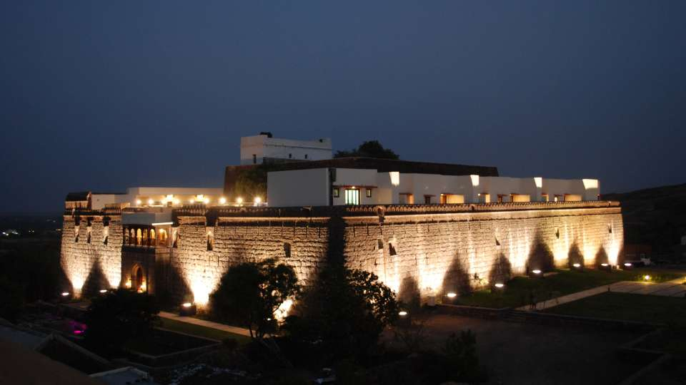 Exterior View of  Fort Jadhavgadh Heritage Resor Hotel Pune - resort near mumbai 393m5