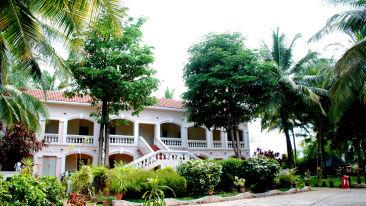 Hotel in Coimbatore, Black Thunder Water Theme Park, Black Thunder