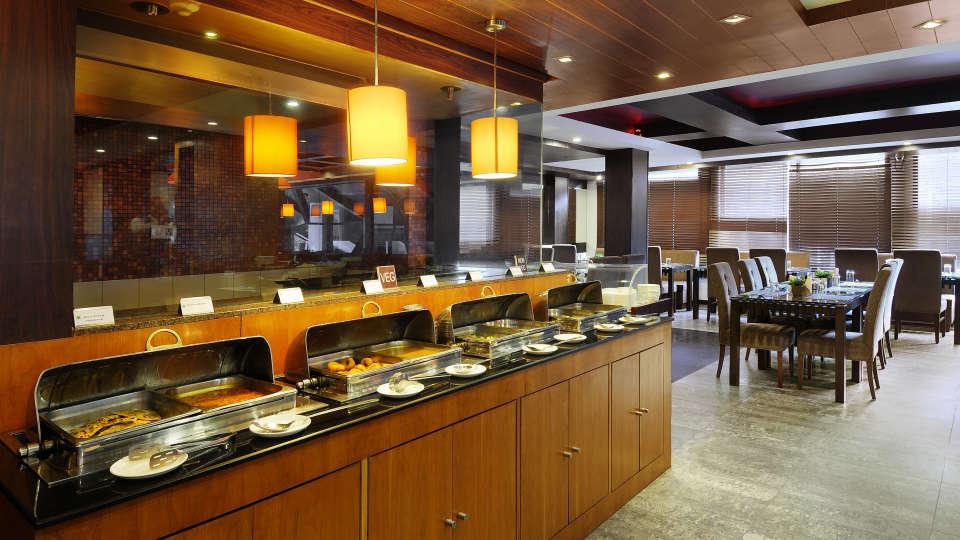 Quality Inn & Suites River Country Resort  Manali restaurat Quality Inn Suites River Country Resort Manali 1