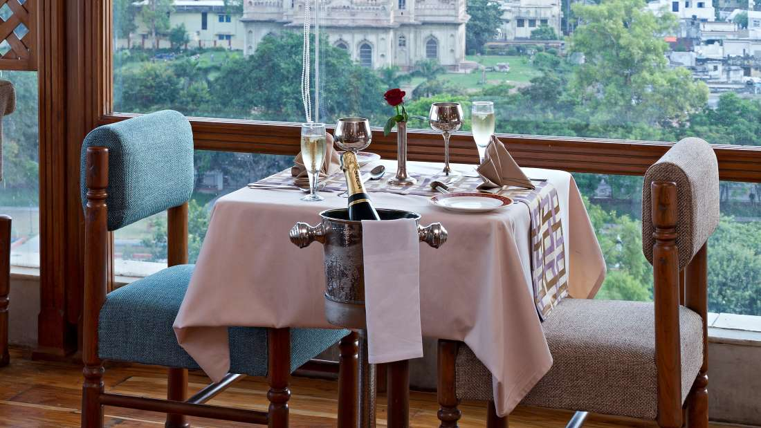 Falaknuma Rooftop Restaurant in Lucknow, Clarks Avadh Lucknow, Hotels In Lucknow