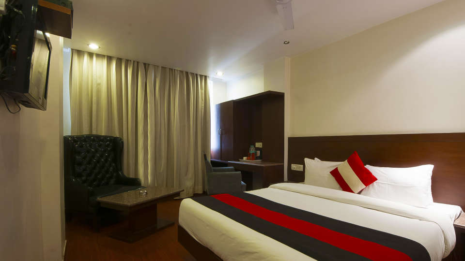 Hotel The Raj, New Delhi New Delhi Standard Room1 Hotel The Raj New Delhi
