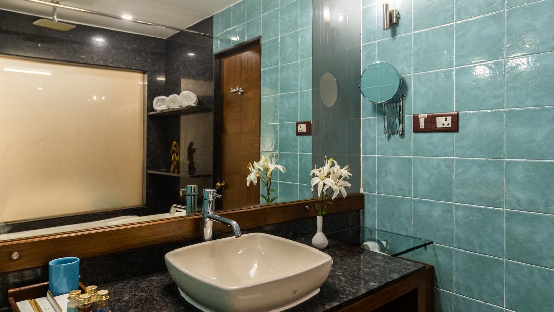 Suites, Heritage Village Resort and Spa, Goa, Resort near Arossim Beach 2