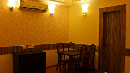 The Palm Resort, Bhilwara Bhilwara Suite Room The Palm Resort Bhilwara