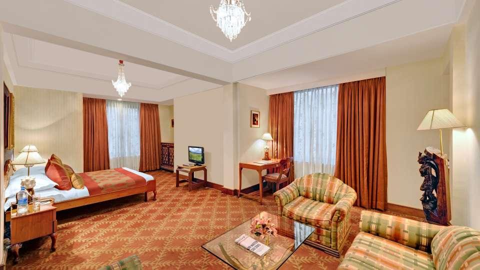 Junior Suite, The Ambassador Mumbai, Hotel Suite In Mumbai 666