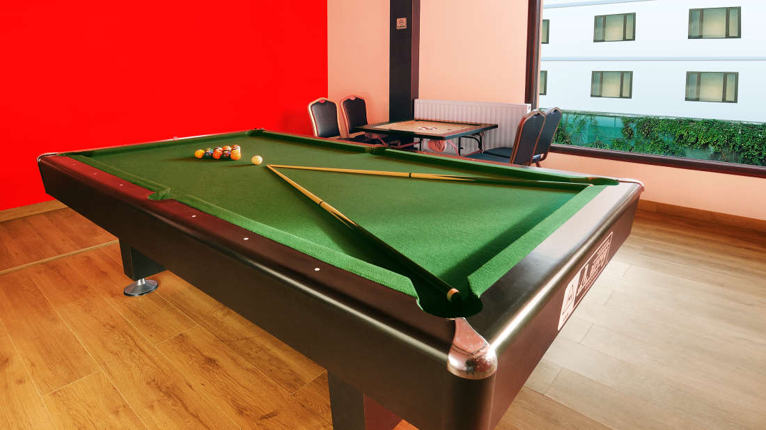 Quality Inn & Suites River Country Resort  Manali Pool Table Quality Inn Suites River Country Resort Manali