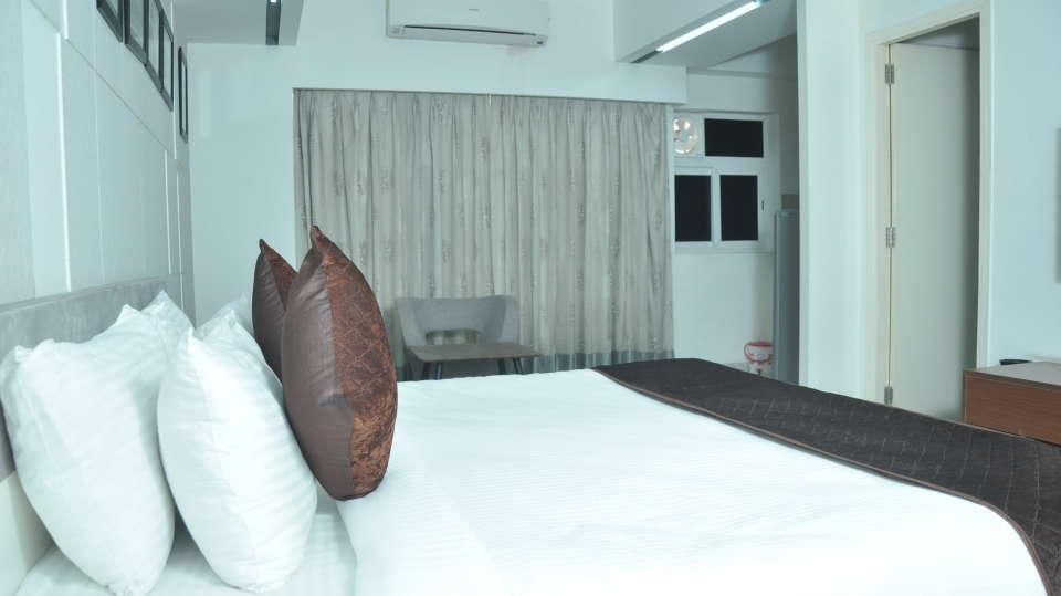 Deluxe Suite BEd 2