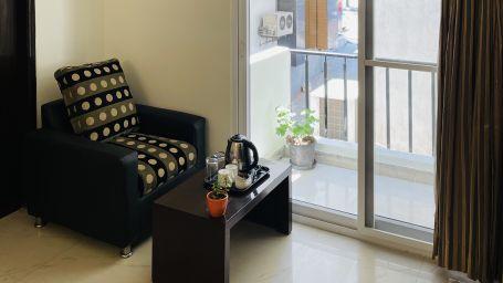 Deluxe Queen Room with Balcony3