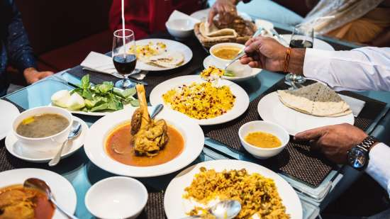 asian-food-bowls-cuisine-1321731