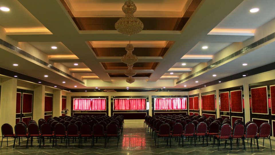 The Palm Resort, Bhilwara Bhilwara Crystal Banquet Hall Room The Palm Resort Bhilwara
