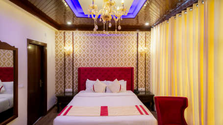 Deluxe Rooms, The Highland Park, Rooms in Manali3