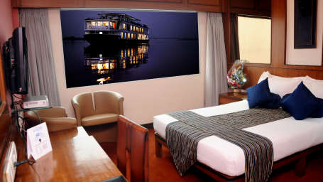 Hotel in Kolkata, Sunset Rooms in Floatel, Hotel Rooms in Kolkata 1