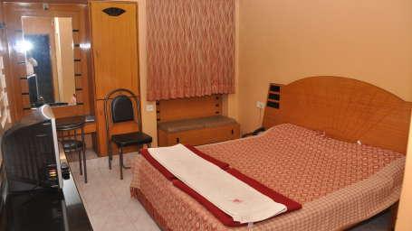 Hotel Suraj, Pune Pune Hotel Suraj Pune Non Ac Rooms
