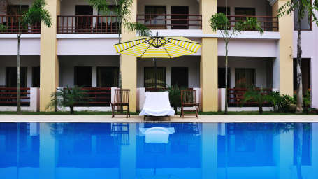 Swimming Pool at Le Roi Corbett Resort and Hotel in Jim Corbett National Park