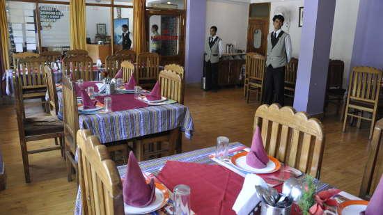Hotel Natraj, Simsa Village, Manali Manali Restaurant Hotel Natraj Manali 10