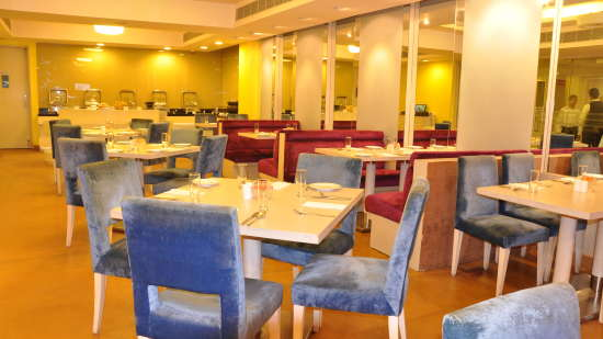 cafe 9 at Hotel Sarovar Portico Naraina 1