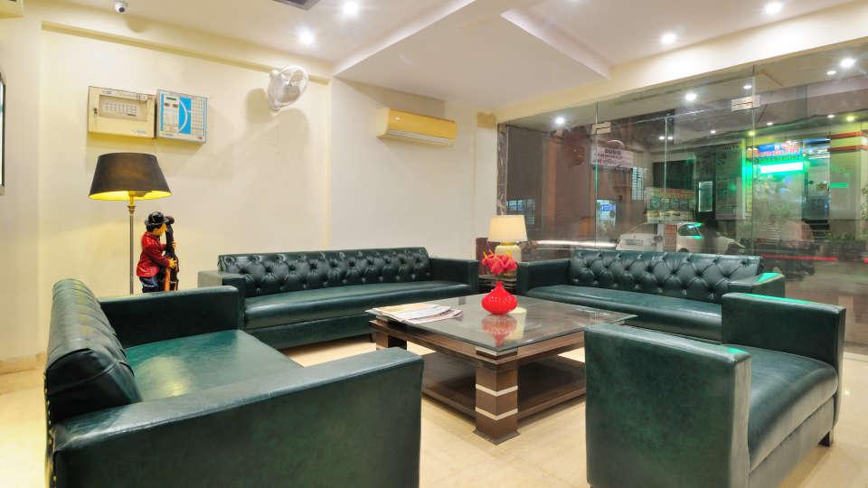 Reception at Rooms at Gaylord International hotels 3