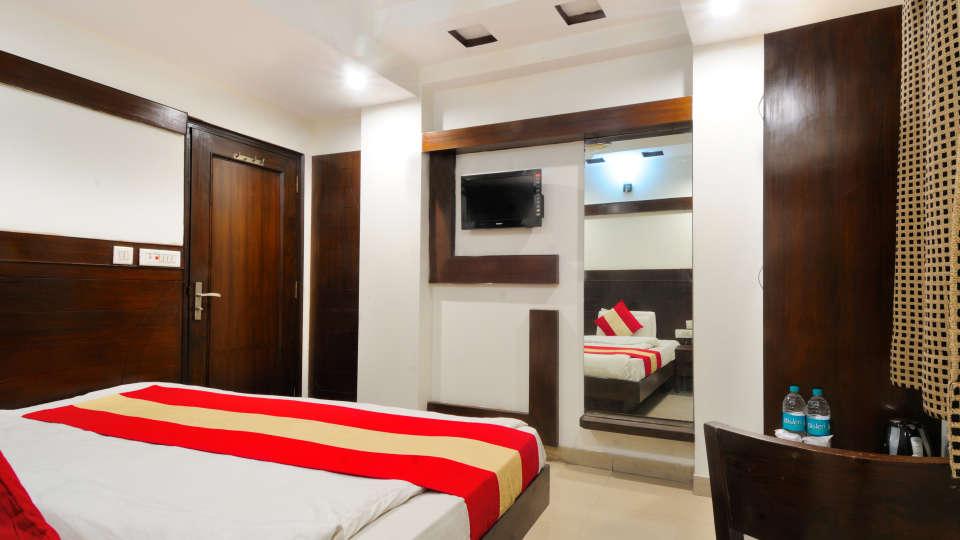 Rooms at Gaylord International hotels 2