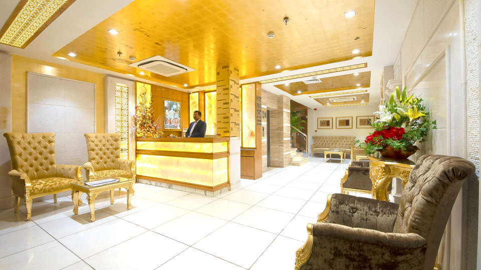 Hotel Swaran Palace, Karol Bagh, New Delhi New Delhi reception lobby Hotel Swaran Palace Karol Bagh New Delhi